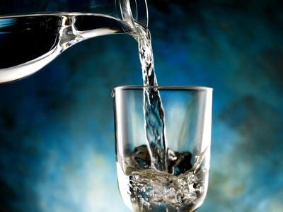 Gesundes Wasser Trinken
